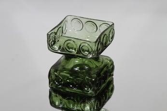 Riihimäen lasi Kehrä kääntömaljakko, vihreä, suunnittelija Tamara Aladin, pieni