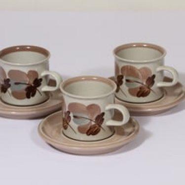 Arabia Koralli kahvikupit, käsinmaalattu, 3 kpl, suunnittelija Raija Uosikkinen, käsinmaalattu
