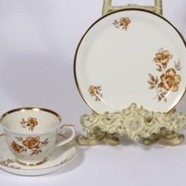 Arabia Myrna kahvikuppi ja lautanen, suunnittelija Olga Osol, serikuva, kukka-aihe