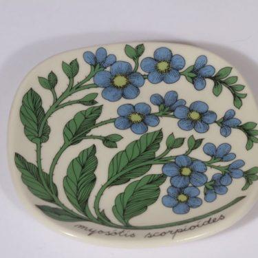 Arabia Botanica koristelaatta, Luhtalemmikki, suunnittelija Esteri Tomula, Luhtalemmikki, pieni, serikuva