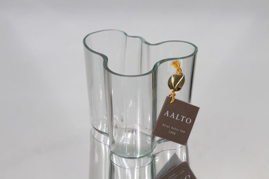 Iittala 3030 maljakko, signeerattu, suunnittelija Alvar Aalto, signeerattu, pieni