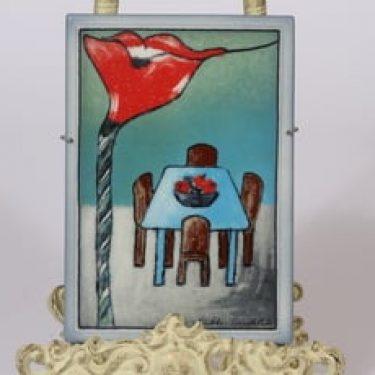Arabia koristelaatta, Iloa asumiseen, suunnittelija Heljä Liukko-Sundström, Iloa asumiseen, serikuva