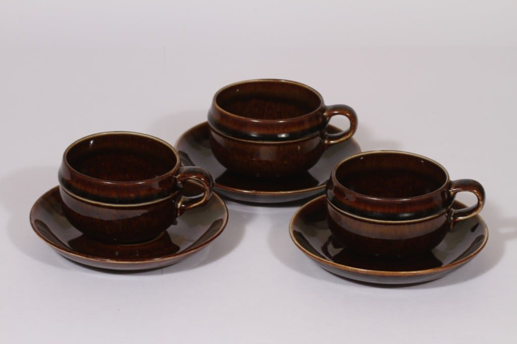 Arabia Mahonki tea cup, brown, 3 pcs, Ulla Procope