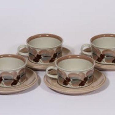 Arabia Koralli teekupit, käsinmaalattu, 4 kpl, suunnittelija Raija Uosikkinen, käsinmaalattu, kukka-aihe