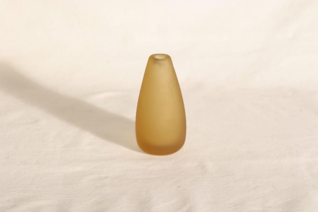 Riihimäen lasi Meripihka maljakko, signeerattu, suunnittelija Nanny Still, signeerattu, 6407-2