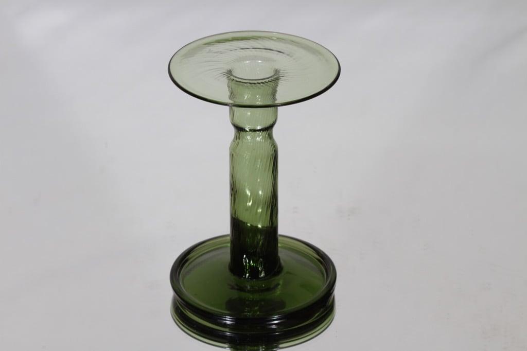 Riihimäen lasi Neptuna candlestick, green, designer Nanny Still
