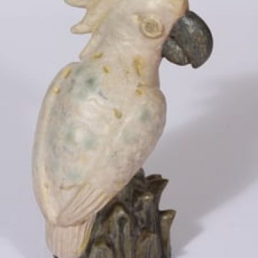 Arabia figuuri, käsinmaalattu, suunnittelija Aune Siimes, käsinmaalattu, massiivinen, käsinmuotoiltu, signeerattu