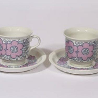 Arabia Violetta kahvikupit, vaaleanpunainen, 2 kpl, suunnittelija Raija Uosikkinen, serikuva, retro, kultafondi