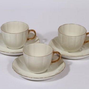 Arabia Kultakorva kahvikupit, 3 kpl, suunnittelija , kullattu
