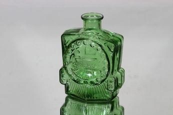Riihimäen lasi Veturipullo koristepullo, vihreä, suunnittelija Erkkitapio Siiroinen, pieni