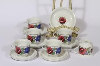 Arabia Valmu kahvikupit, 6 kpl, suunnittelija Esteri Tomula, serikuva, kukka-aihe