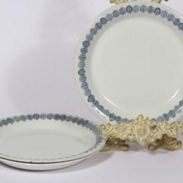Arabia Linnea lautaset, matala, 3 kpl, suunnittelija Raija Uosikkinen, matala, serikuva, lehtiaihe