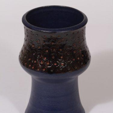 Arabia maljakko, käsinmaalattu, suunnittelija Annikki Hovisaari, käsinmaalattu, käsindreijattu, signeerattu
