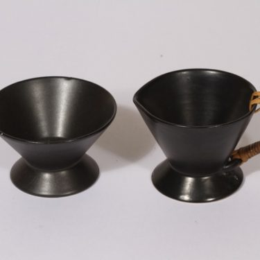 Kupittaan savi sugar bowl and creamer, black, funktionalism