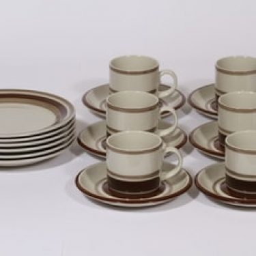 Arabia Pirtti kahvikupit ja lautaset, ruskea, 6 kpl, suunnittelija Raija Uosikkinen, raitakoriste