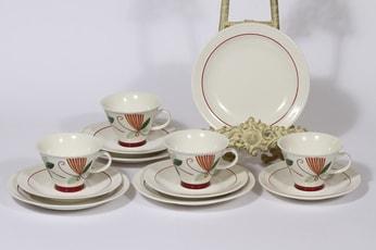 Arabia Harlekin Carneval kahvikupit ja lautaset, 4 kpl, suunnittelija Inkeri Leivo, serikuva