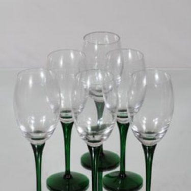 Nuutajärvi Traviata viinilasit, vihreä-kirkas, 6 kpl, suunnittelija Saara Hopea,