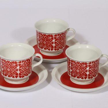 Arabia Tytti kahvikupit, punainen, 3 kpl, suunnittelija Raija Uosikkinen, serikuva