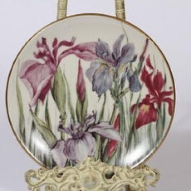 Arabia Romanttinen puutarha koristelautanen, Iris, suunnittelija Riikka Hautamäki, Iris, serikuva, Iris