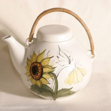 Arabia Kukka tea pot, 1.6 l, designer Rainer Baer, hand-painted