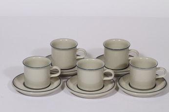 Arabia S kahvikupit, sininen, 5 kpl, suunnittelija Raija Uosikkinen, raitakoriste