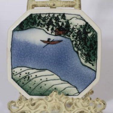 Arabia koristelaatta, Kevät, suunnittelija Heljä Liukko-Sundström, Kevät, pieni, serikuva
