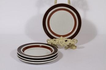 Arabia Rosmarin lautaset, ruskea, 4 kpl, suunnittelija Ulla Procope, raitakoriste