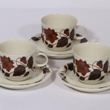 Arabia Tea for two teekupit, ruskea, 3 kpl, suunnittelija Gunvor Olin-Grönqvist, serikuva