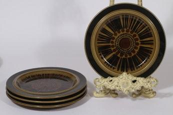 Arabia Kosmos lautaset, 4 kpl, suunnittelija Gunvor Olin-Grönqvist, pieni, puhalluskoriste