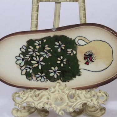 Arabia koristelaatta, Valkovuokot, suunnittelija Heljä Liukko-Sundström, Valkovuokot, serikuva