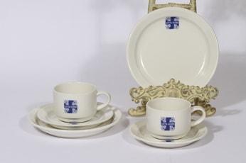 Arabia Lotta-Svärd kahvikupit ja lautaset, valkoinen, 2 kpl, suunnittelija , painokoriste