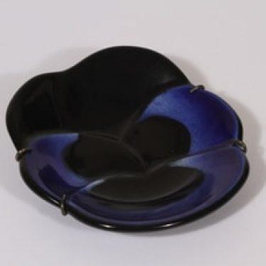 Arabia Viola koristelaatta, sininen, suunnittelija Birger Kaipiainen, pieni