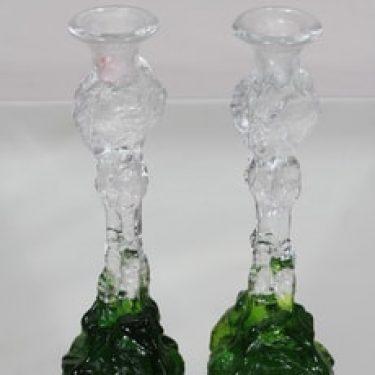 Humppila Kasvimaalla kynttilänjalat, Vihreä-kirkas, 2 kpl, suunnittelija Pertti Santalahti,