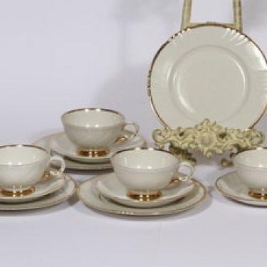 Arabia Kultakoriste kahvikupit ja lautaset, 4 kpl, suunnittelija , kullattu