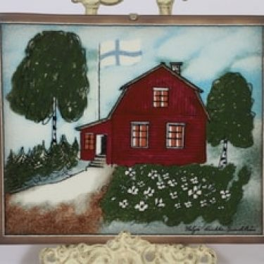 Arabia koristelaatta, Punainen tupa ja perunamaa, suunnittelija Heljä Liukko-Sundström, Punainen tupa ja perunamaa, suuri, serikuva, signeerattu