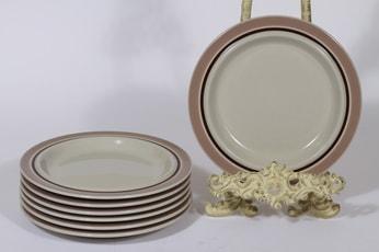 Arabia Koralli lautaset, vaaleanpunainen, 7 kpl, suunnittelija Raija Uosikkinen, pieni