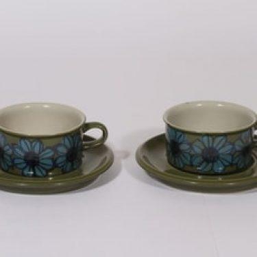 Arabia S teekupit, käsinmaalattu, 2 kpl, suunnittelija Hilkka-Liisa Ahola, käsinmaalattu, signeerattu
