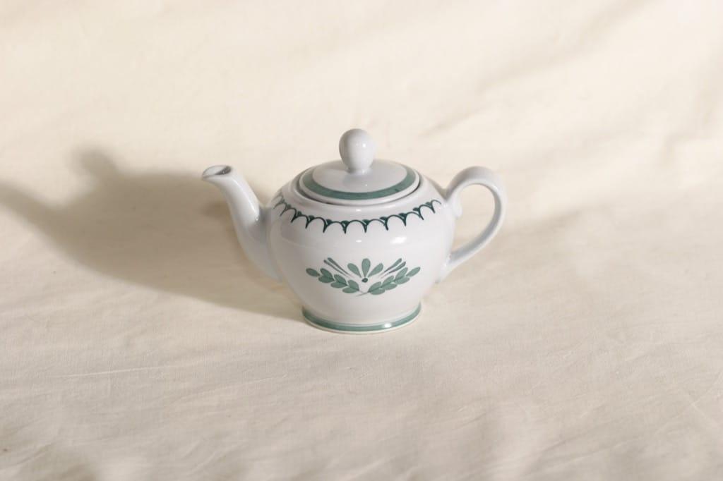 Arabia Green Thistle tea jug, 25 cl, Olga Osol