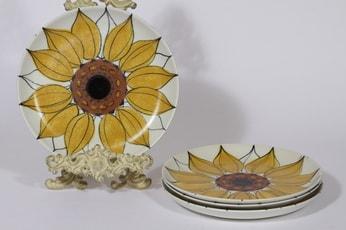 Arabia Aurinkoruusu lautaset, matala, 4 kpl, suunnittelija Hilkka-Liisa Ahola, matala, käsinmaalattu, signeerattu