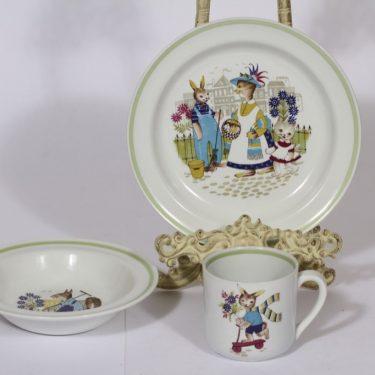 Arabia Hupi lasten muki ja lautaset, syvä|matala, 2 kpl, suunnittelija , syvä|matala, serikuva