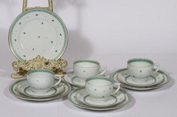 Arabia ML kahvikupit ja lautaset, käsinmaalattu, 4 kpl, suunnittelija , käsinmaalattu