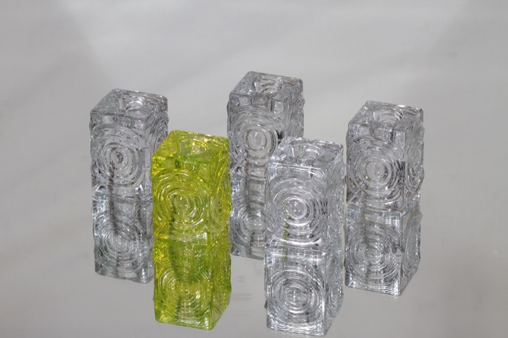 Riihimäen lasi Rengas kynttilänjalat, kirkas, 5 kpl, suunnittelija Tamara Aladin, keltainen