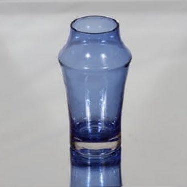 Riihimäen lasi maljakko, sininen, suunnittelija Tamara Aladin,