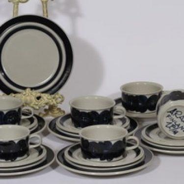Arabia Anemone teekupit ja lautaset, käsinmaalattu, 6 kpl, suunnittelija Ulla Procope, käsinmaalattu, signeerattu