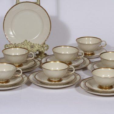 Arabia Kultakoriste kahvikupit ja lautaset, kullattu, 7 kpl, suunnittelija , kullattu