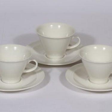 Arabia Harlekin kahvikupit, valkoinen, 3 kpl, suunnittelija Inkeri Leivo,