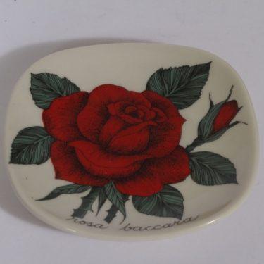 Arabia Rosa koristelautanen, Rosa baccara, suunnittelija , Rosa baccara, pieni, serikuva
