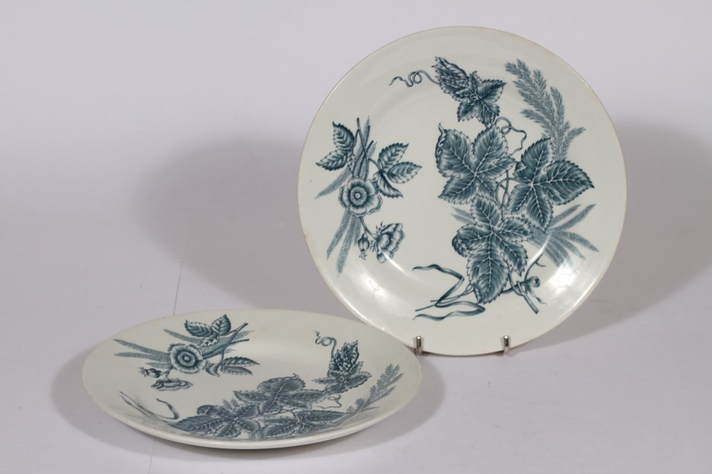 Arabia Vineta dinner plates 2 pcs, copper ornament