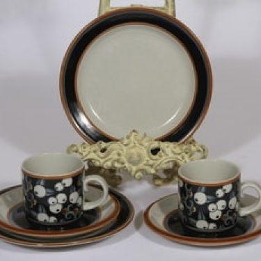 Arabia Taika kahvikupit ja lautaset, 2 kpl, suunnittelija Inkeri Seppälä, erikoiskoriste, retro