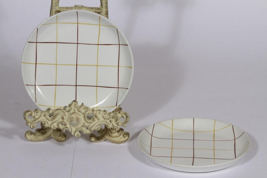 Arabia Verkko lautaset, 2 kpl, suunnittelija Raija Uosikkinen, pieni, viivakoriste
